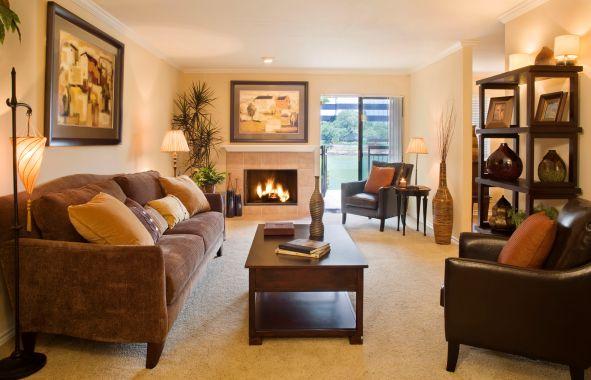 Camden Glen Lakes Apartments