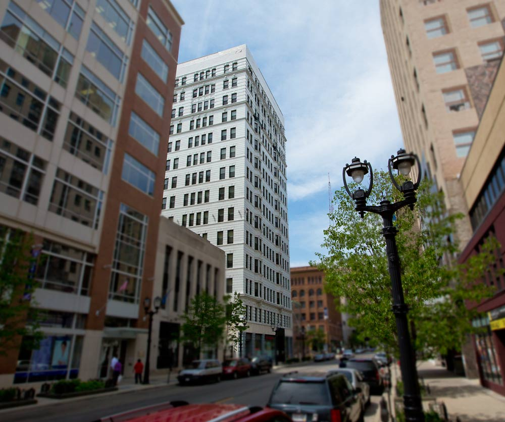 Majestic Loft Apartments: Apartments For Rent Milwaukee,WI