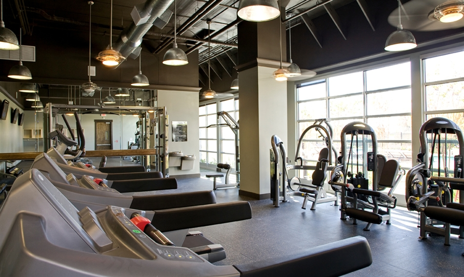 24 Hour Fitness Center with Personal Trainer