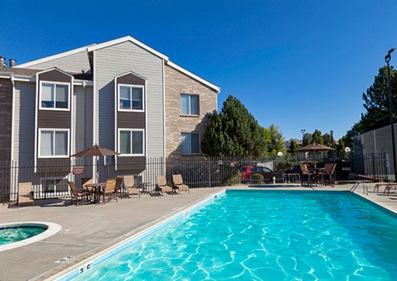 St Moritz Apartments Lakewood Co